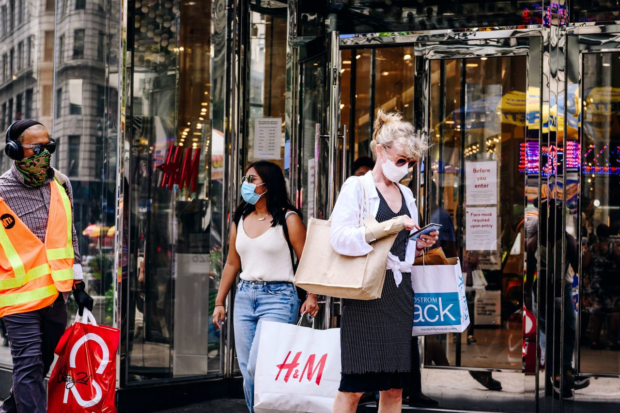 https://www.gmi-co.com/wp-content/uploads/2020/10/stimulus-doubts-stoke-uncertainty-for-shoppers-retailers-just-as-holiday-season-begins-1280x852.jpg