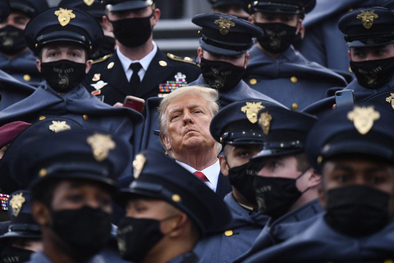 https://www.gmi-co.com/wp-content/uploads/2020/12/trump-doesnt-then-briefly-does-wear-mask-in-stands-at-army-navy-football-game-as-covid-rages-across-u-s-1280x856.jpg