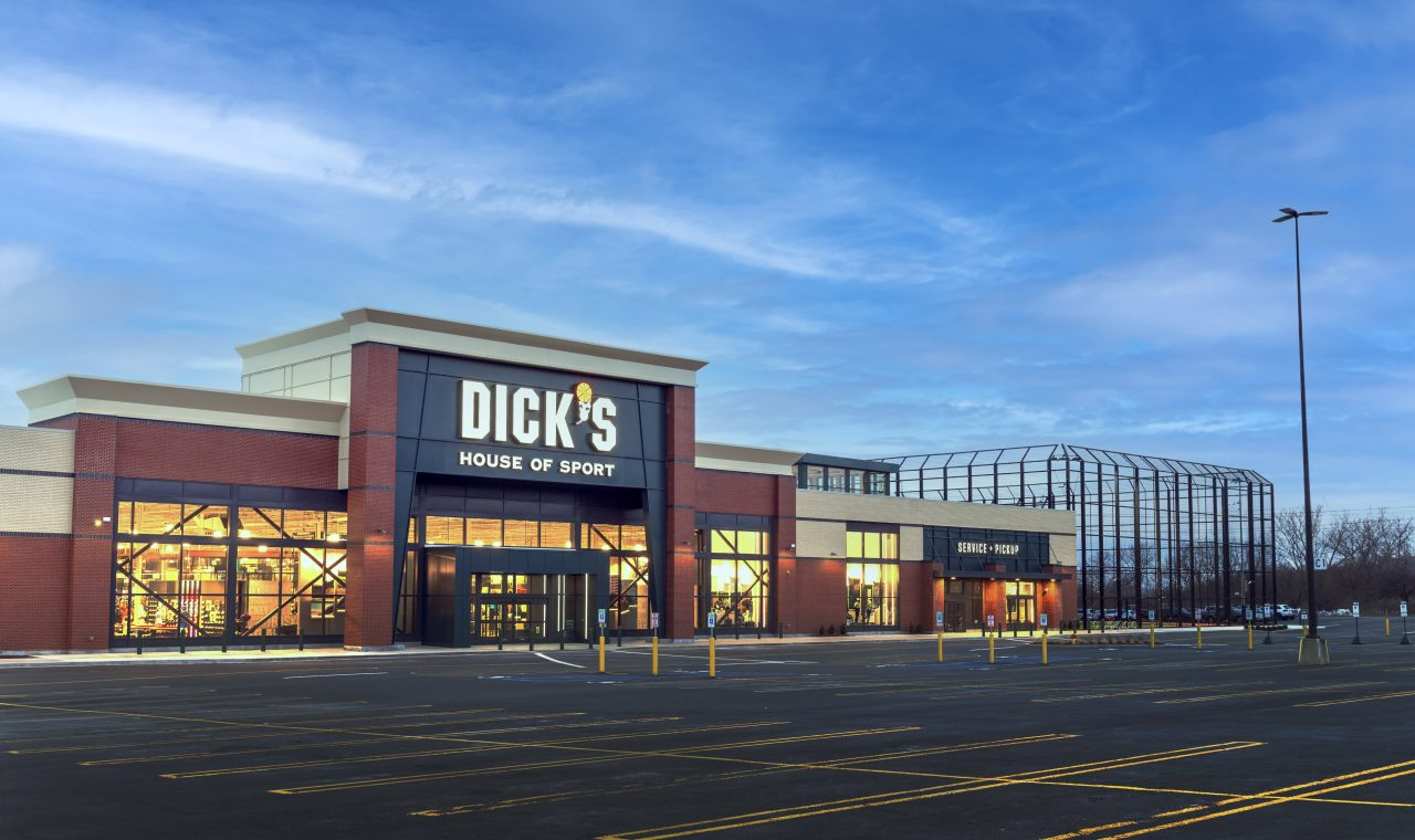 https://www.gmi-co.com/wp-content/uploads/2021/04/dicks-sporting-goods-just-opened-a-massive-store-with-a-virtual-driving-range-and-outdoor-track-heres-a-look-inside-1280x760.jpg