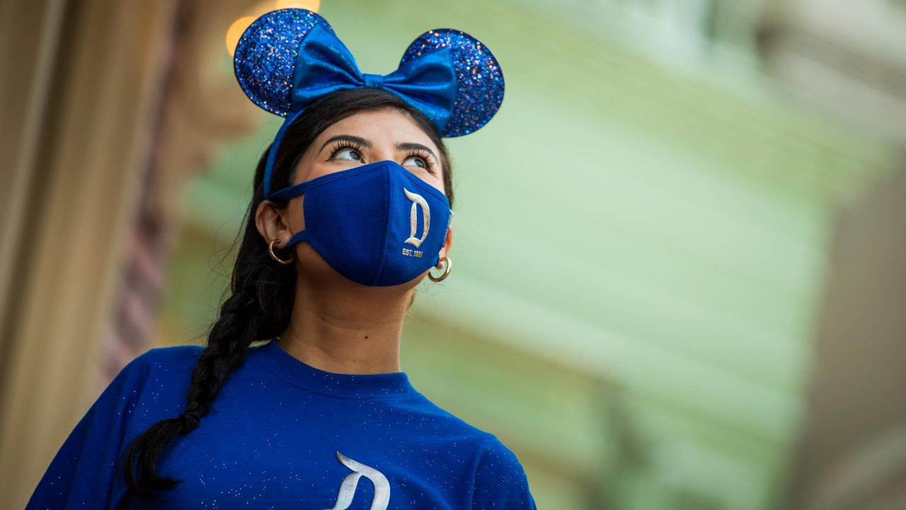 https://www.gmi-co.com/wp-content/uploads/2021/05/disney-fans-celebrate-the-reopening-of-disneyland-with-custom-mickey-ears-and-masks-1280x720.jpg