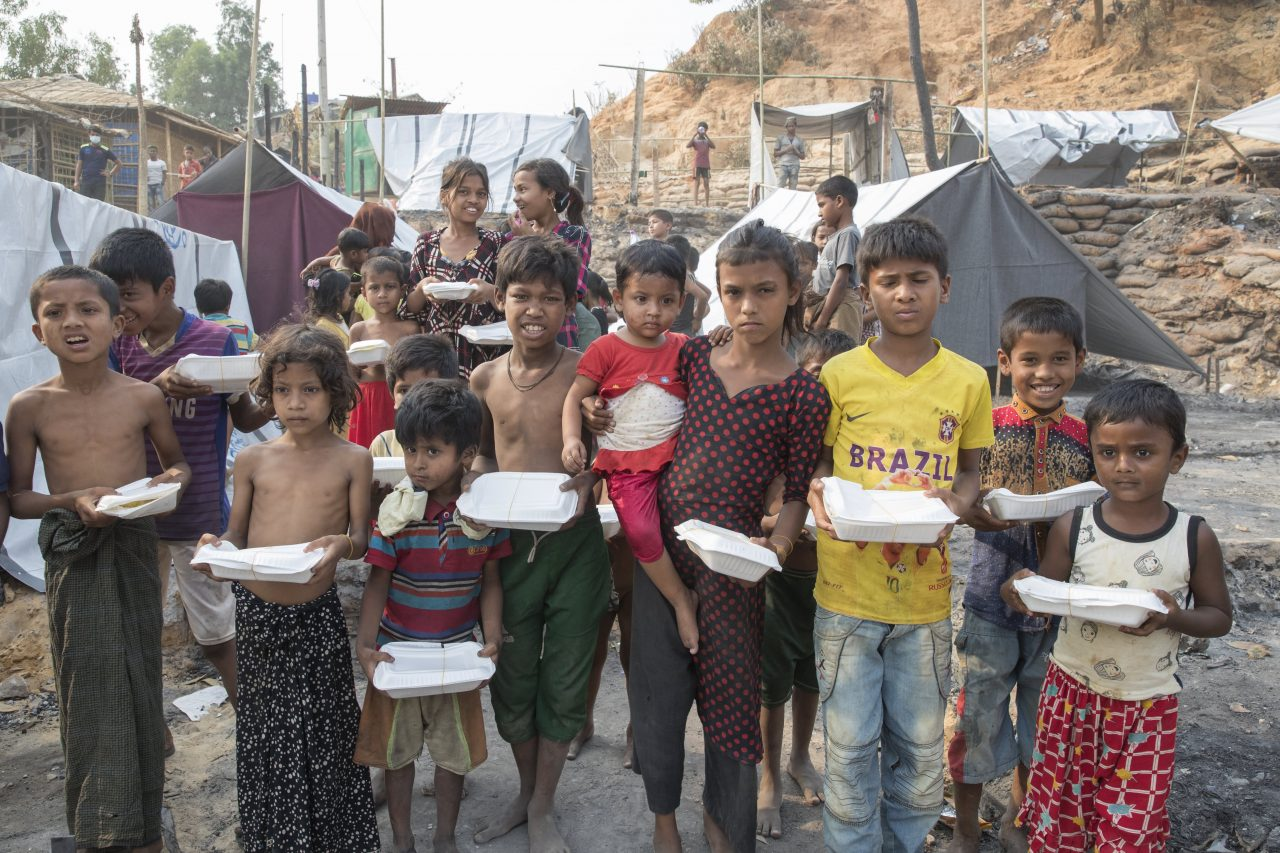 https://www.gmi-co.com/wp-content/uploads/2021/07/war-covid-and-climate-change-fuel-the-worlds-hunger-crisis-killing-11-people-every-minute-oxfam-1280x853.jpg