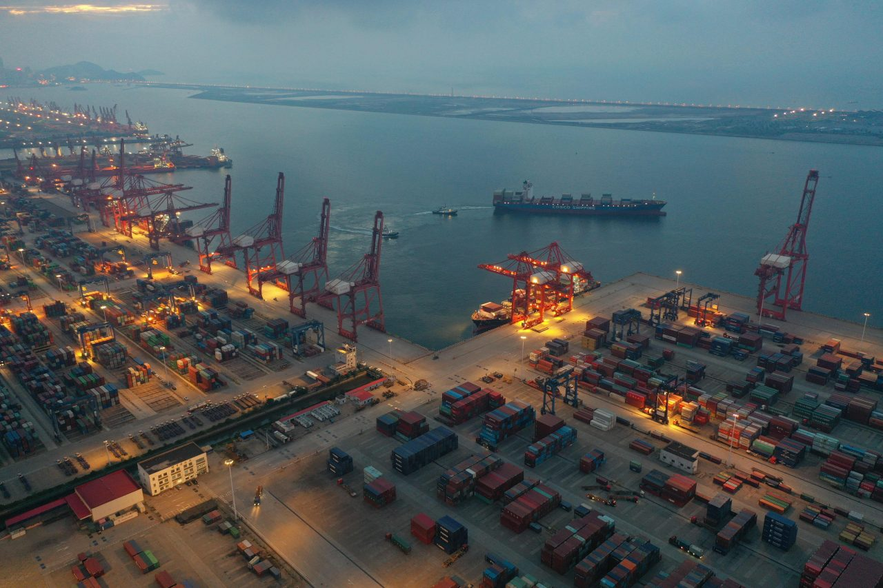 https://www.gmi-co.com/wp-content/uploads/2021/08/made-in-china-products-are-running-into-new-logistics-problems-1280x853.jpg